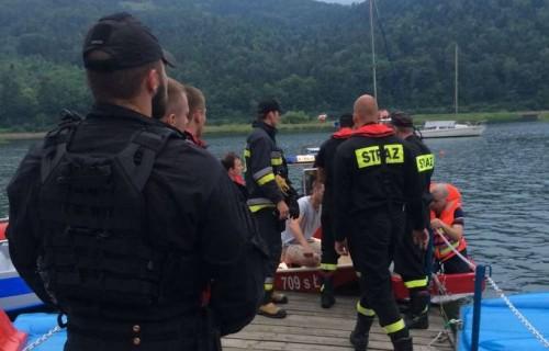 Tragedia na jeziorze. Mieszkaniec Stanisławia wskoczył do wody i...