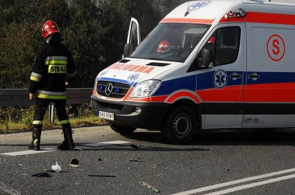 Poważny wypadek w Łączanach. Cztery osoby poszkodowane, w tym d...