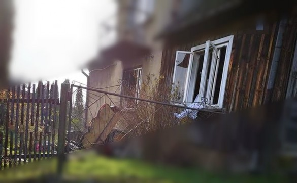 Wybuch gazu w Bachowicach, dwie osoby poszkodowane. Dzielny sąsiad...