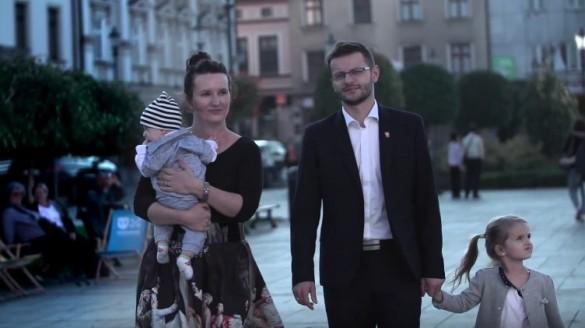 Spot kandydata na burmistrza Wadowic. Pozytywny przekaz, konkretna...