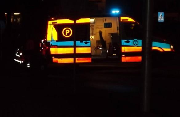 Tragiczne dachowanie w Wieprzu. Jedna osoba nie żyje, dwie rann...