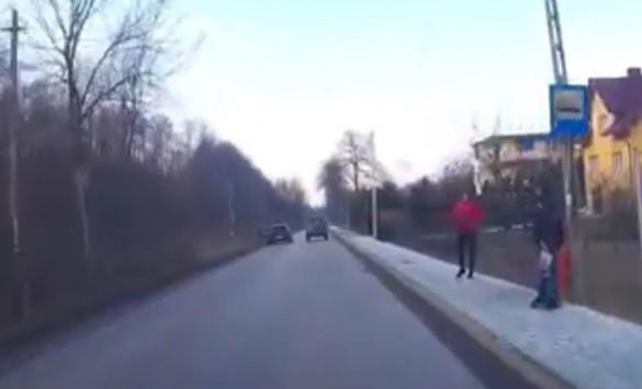Tak się tego... nie robi! Postrach ulicy nagrany w Rzykach
