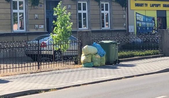 Dobra wiadomość dla Wadowic. Umowa na wywóz śmieci podpisana, miasto...