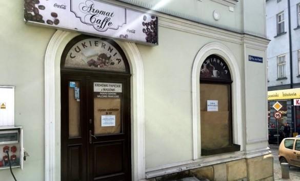 Słynna kawiarnia w centrum Wadowic znów świeci pustkami. Miasto...