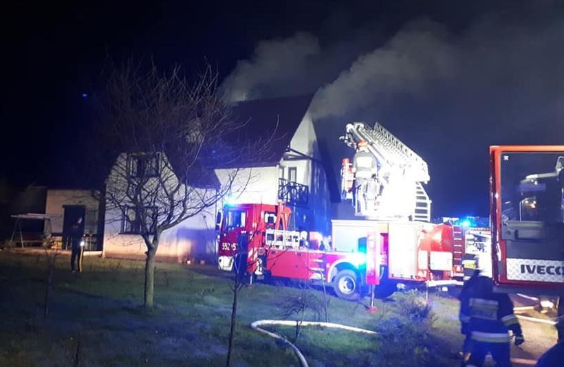 Pożar dachu w Roczynach