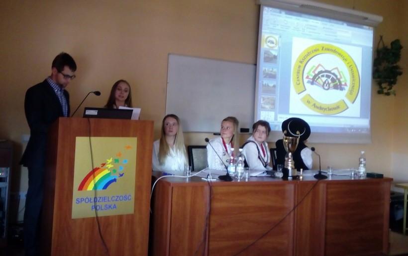 Uczniowie z Andrychowa dobrze wiedzą jak prowadzić sklepik szkolny
