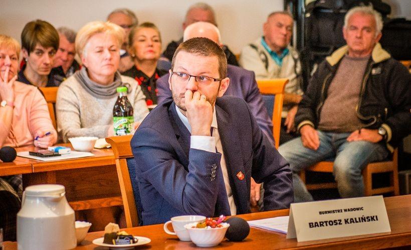 Mimo usilnych starań nie udało mi się znaleźć w budźecie Wadowic słynnych 93 milionow - poinformowal radnych Bartosz Kaliński, nowy burmistrz Wadowic