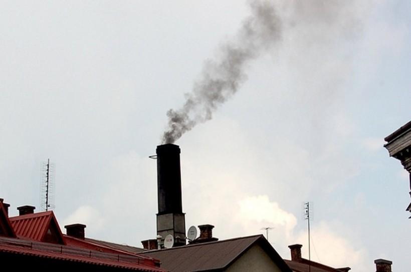 Nie da się ukryć, że w Wadowicach czasami oddycha się fatalnie, ale w innych miejscach jest gorzej i dlatego nie bedzie już u nas stacji pomiarów pyłu PM10