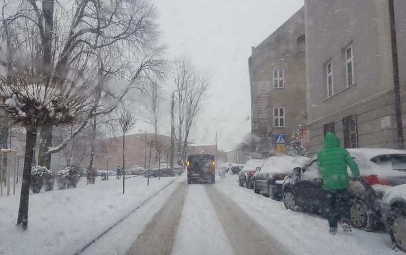 Podobno ma spaść duża ilośc śniegu. Ciekawe czy w mieście też go nie zabraknie?