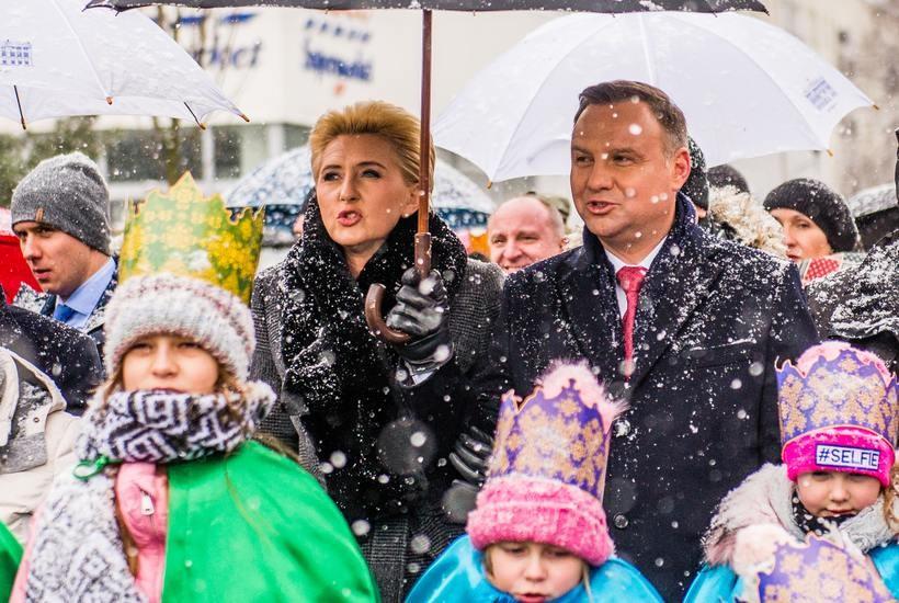 Prezydent Andrzej Duda i jego małżonka Agata na orszaku Trzech Króli w Wadowicach
