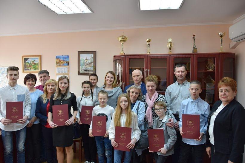 Młodzi sportowcy z gminy Wieprz dostali stypendia