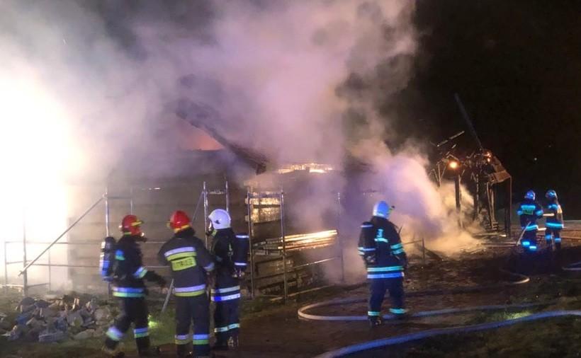 Pożar budynku w Radoczy