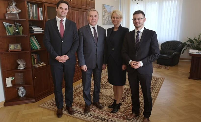 Szymon Duman, Henryk Kowalczyk, Iwona Gibas i Bartosz Kaliński na spotkaniu w Warszawie
