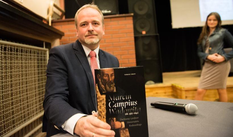 Tomasz Graff jest autorem biografii Marcina Wadowity