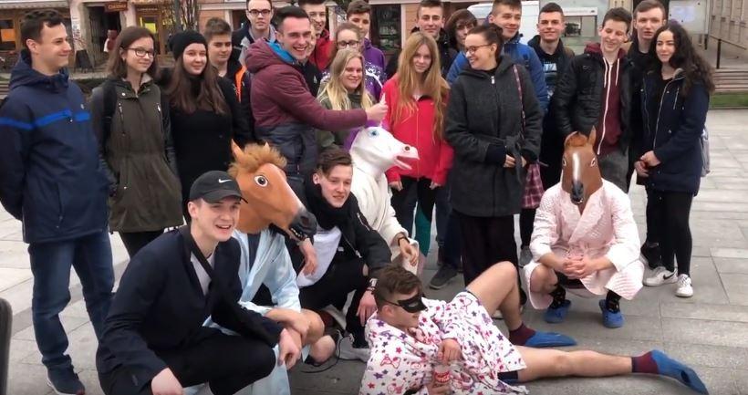 Nastolatkowie pamiętają? W Dzień Wagarowicza... konie na rynku w Wadowicach