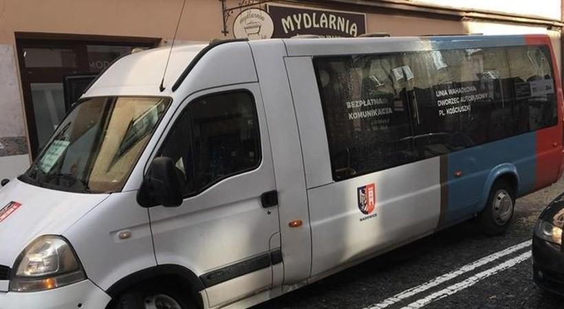 Darmowa komunikacja miejska w Wadowicach zostaje. Będą też nowe połączenia?