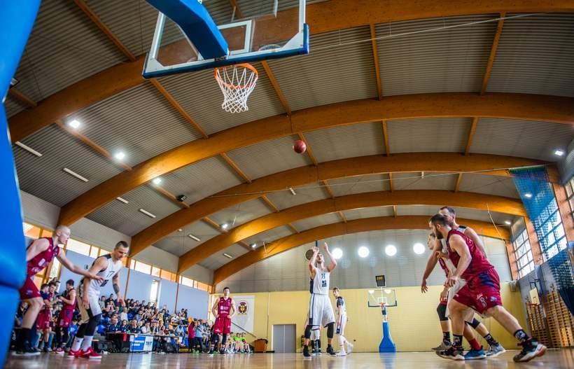 Koszykarze Skawy zakończyli rozgrywki. Drugiej ligi w Wadowicach nie będzie, ale i tak sezon był udany