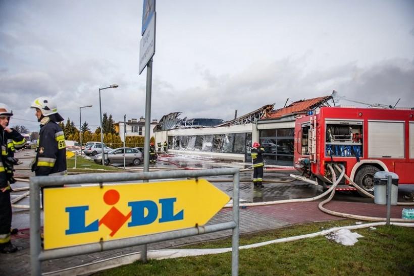 Pożar Lidla w Wadowicach