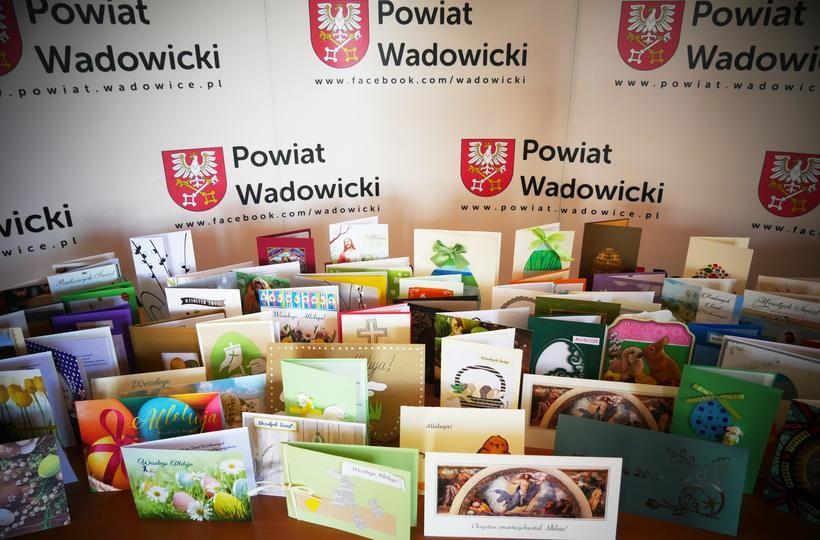 Władze Starostwa Powiatowego w Wadowicach składają życzenia wielkanocne mieszkańcom