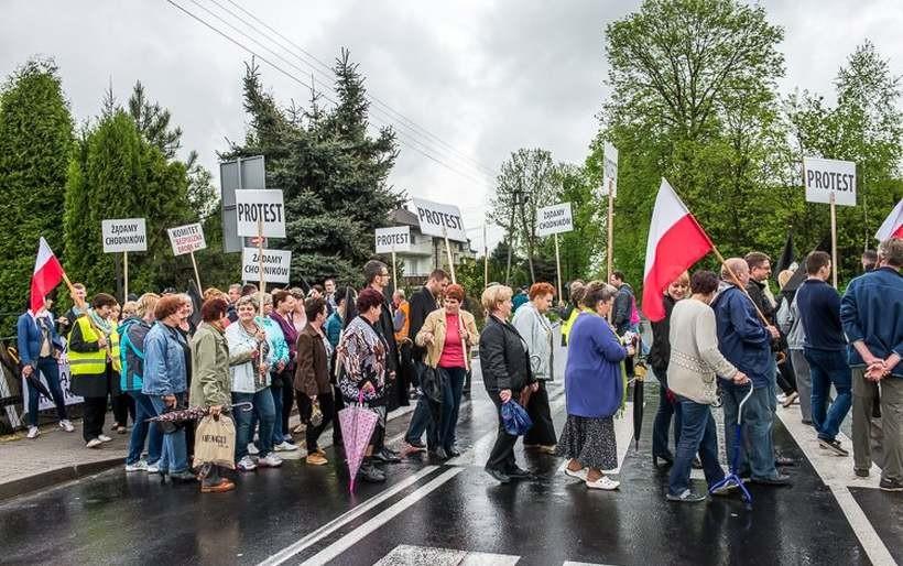Protest na drodze krajowej w Jaskowicach w 2015 roku/ Ilustracja
