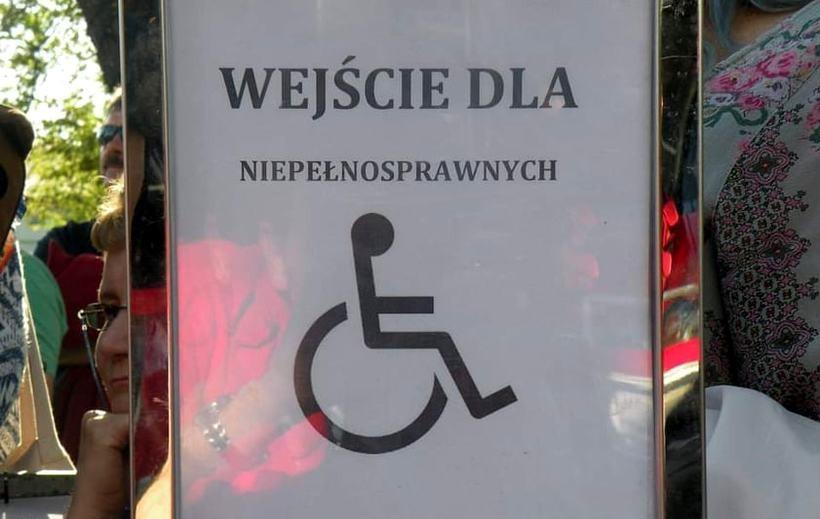 Tworzą specjalne strefy, by zachęcić niepełnosprawnych do wspólnej imprezy