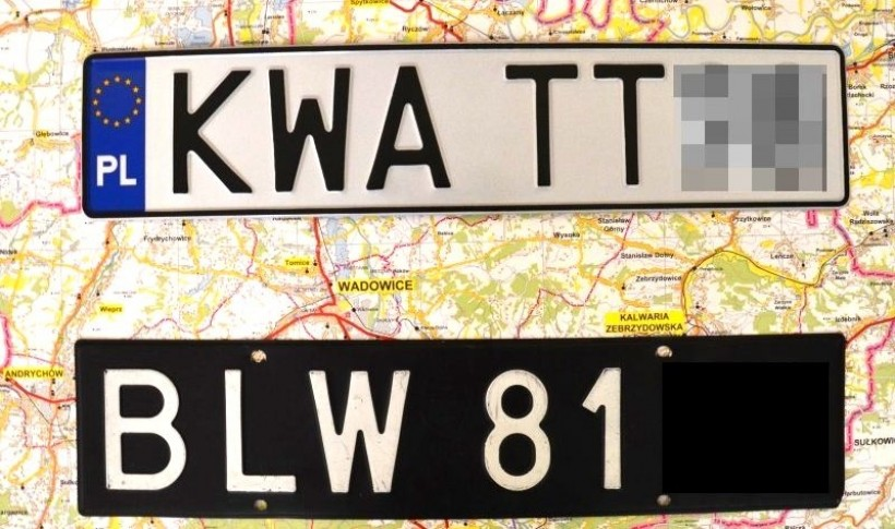 Jednym ze znaków rozpoznawalnych powiatu są m.n. rejestracje samochodwe KWA