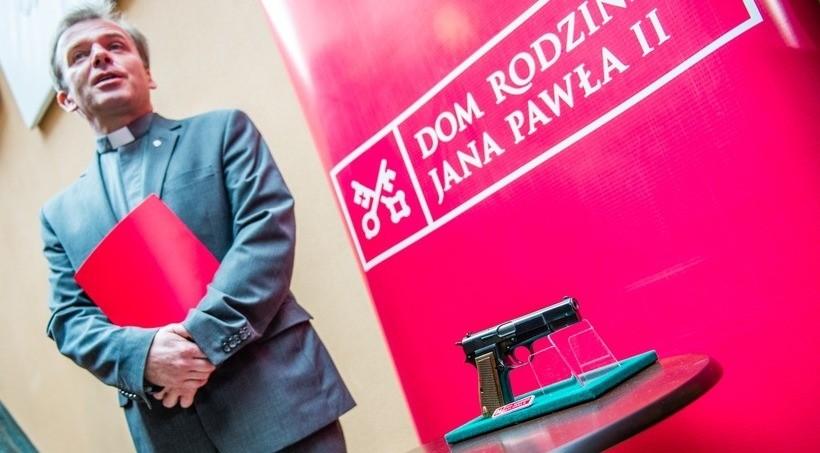 Ksiądz Jacek Pietruszka