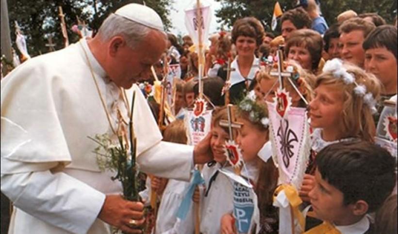 Papież Jan Paweł II witany w Wadowicach 1979