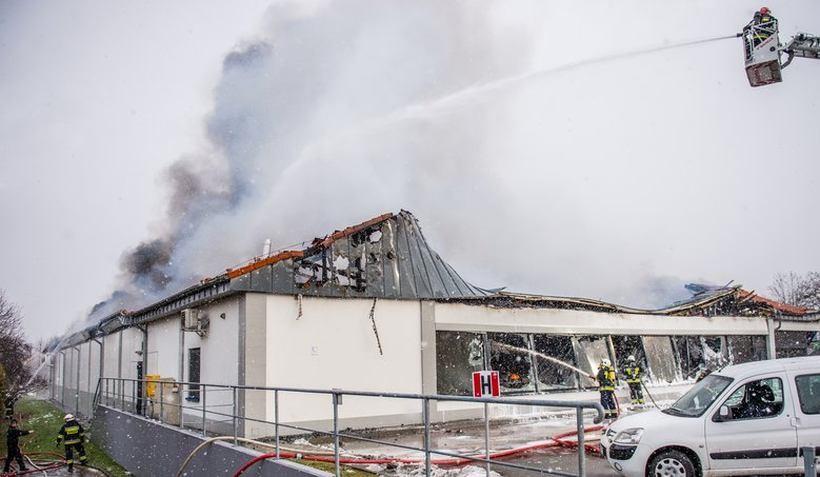 Lidl w Wadowicach spłonął na poczatku 2019 roku