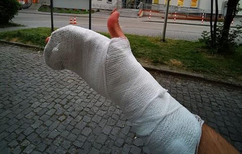 Po wypadku motocyklista trafił do szpitala