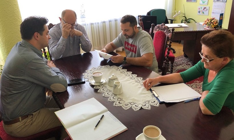 Negocjacje w urzędzie zakończyły się przedłużeniem kursów do 31 lipca