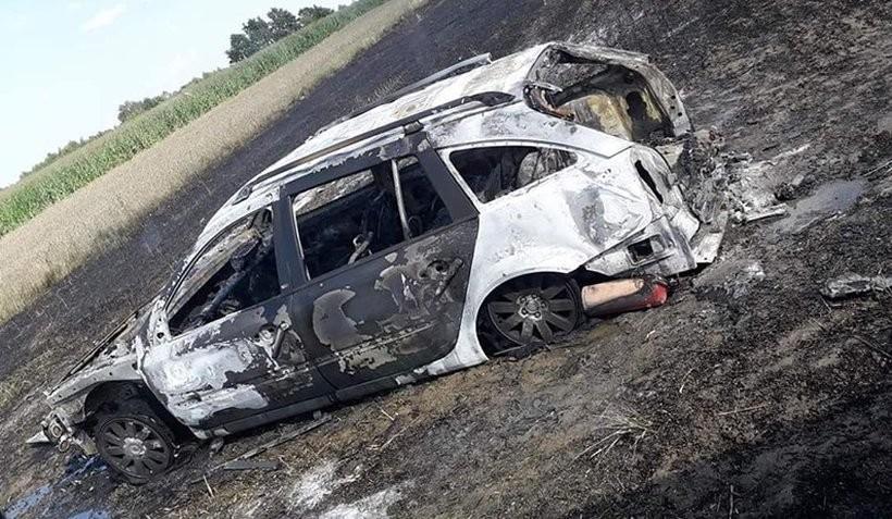 Duży pożar ścierniska w Półwsi. W trawie spłonął samochód