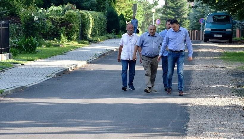 W Spytkowicach wzięli się za drogi. W tym roku wyremontowali już dwa kilometry