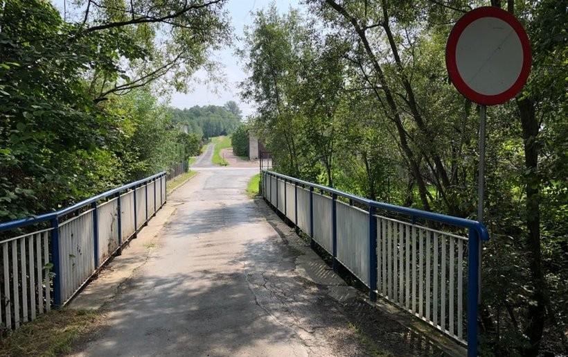 Nieprzejezdny dziś most w Choczni zostanie rozebrany
