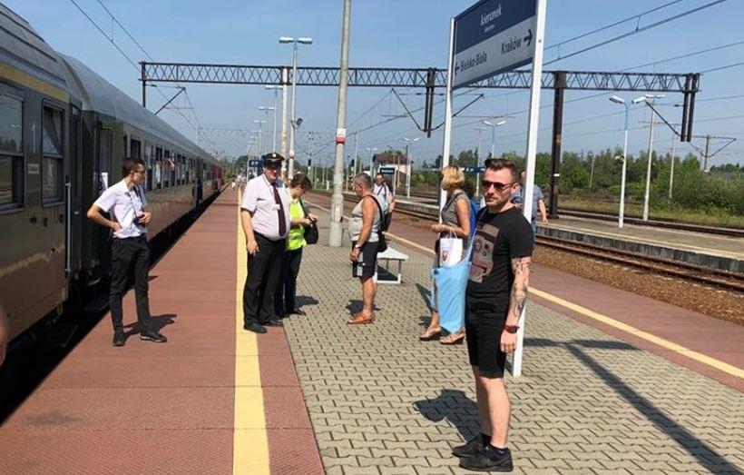 Zabytkowe pociągi przemierzają Wadowice, Andrychów i Kalwarię linią 117