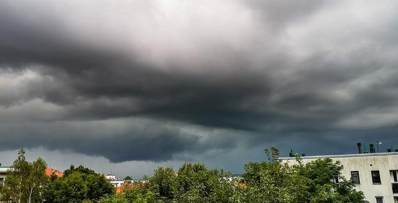 Straszna chmura pojawiła się nad Wadowicami. Co zwiastuje?