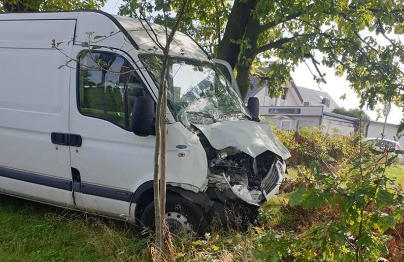 Kraksa na Wadowickiej we Frydrychowicach. Bus zderzył się z autobusem