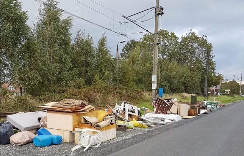 Śmieci w Kętach było bardzo dużo. pracownicy nie zdążyli ich zebrać w 1 dzień