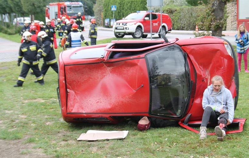 Wypadek kilku samochodów, 22 rannych. Co to się działo w Rzykach?
