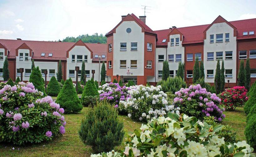Szkoła Podstawowa w Jaszczurowej