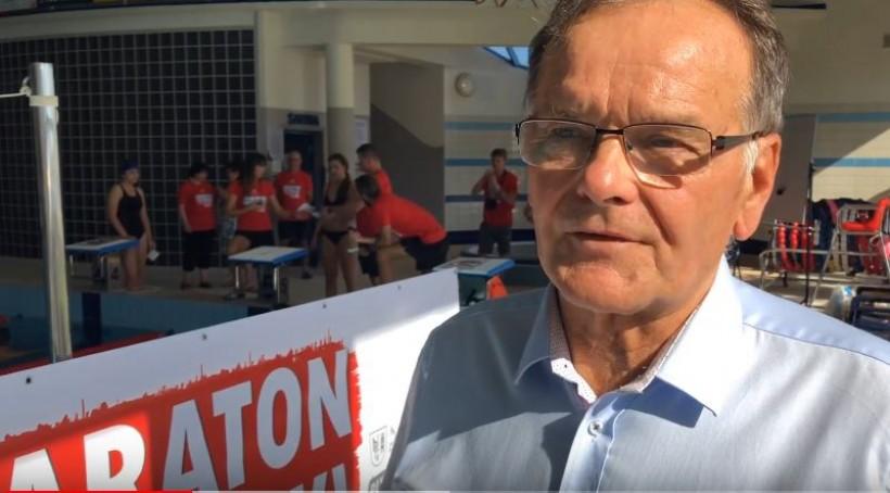 Maraton Pywacki wsparł Kazimierz Woźnicki, szkoleniowiec i szef Małoposkiego Związku Pływackiego