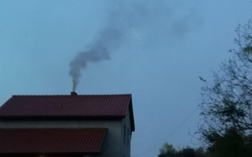 Smog zaatakował tej nocy! W Andrychowie lepiej niż w Wadowicach, w Kalwarii najgorzej