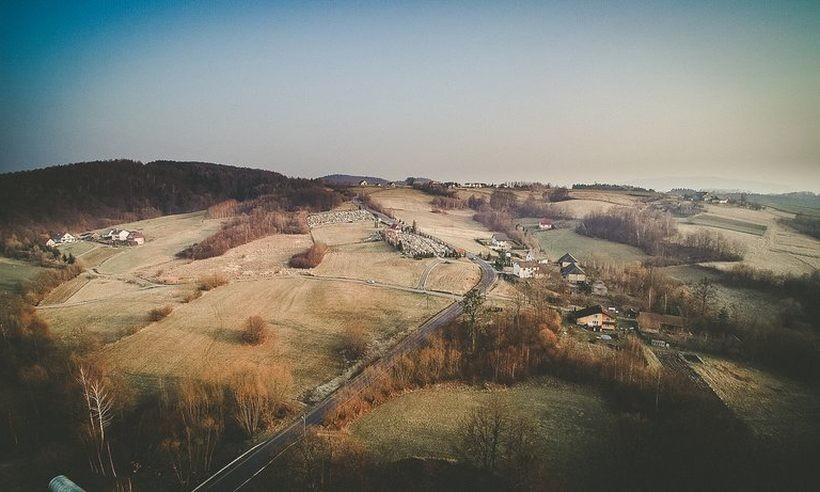 ILUSTRACJA. Pagórkowate tereny Witanowic, Radoczy i Woźnik od lat są celem giganta telefonii komórkowej
