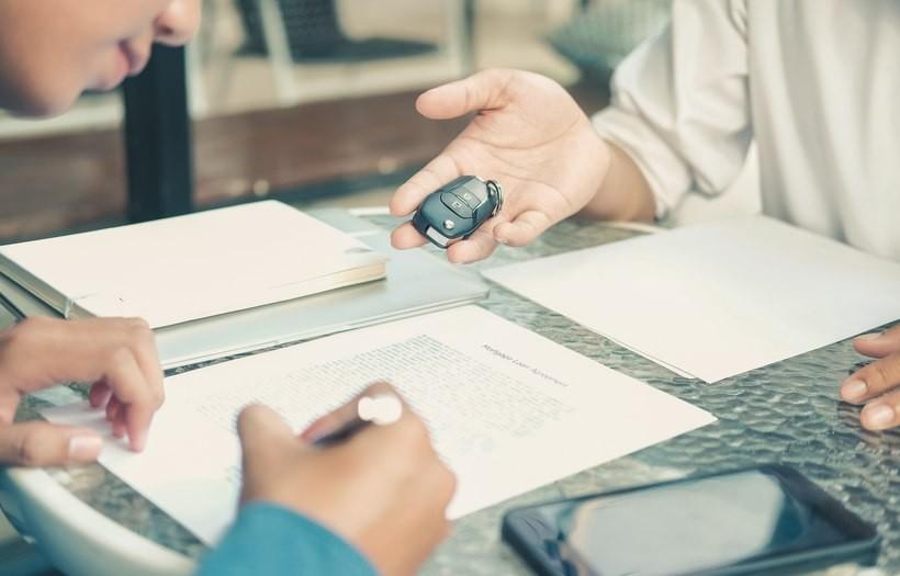 Leasing czy kredyt – jak sfinansować auto firmowe?