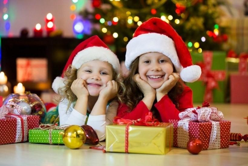 Świąteczne szaleństwo, czy racjonalne zakupy? Jak Polacy planują wydatki na święta