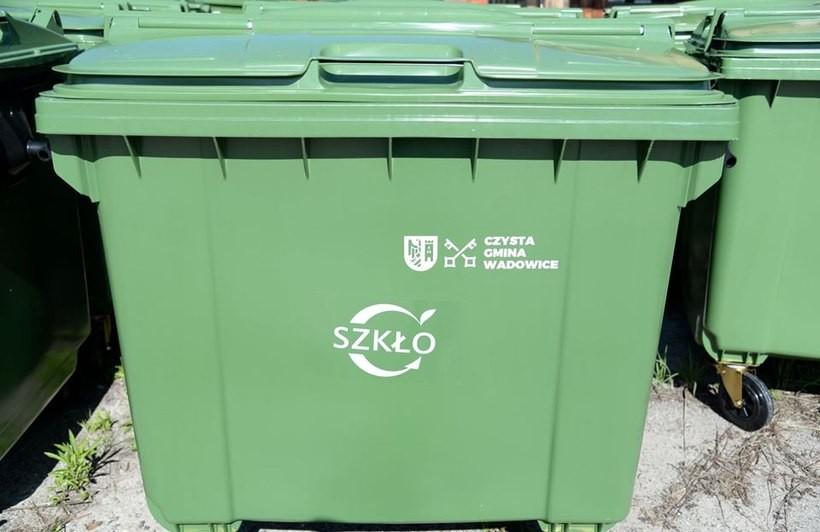 Na wadowickich osiedlach wymieniono już prawie wszystkie pojemniki na śmieci segregowane