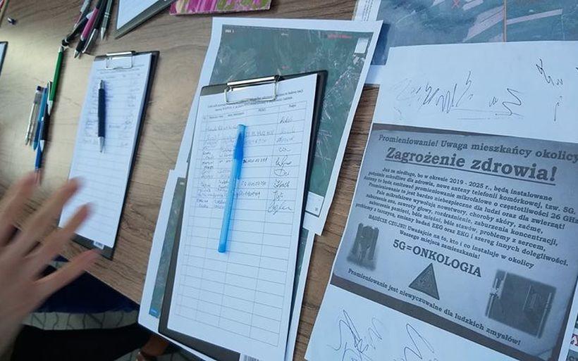 Ludzie nie chcą budowy masztu w Izdebniku. Boją się technologii 5G