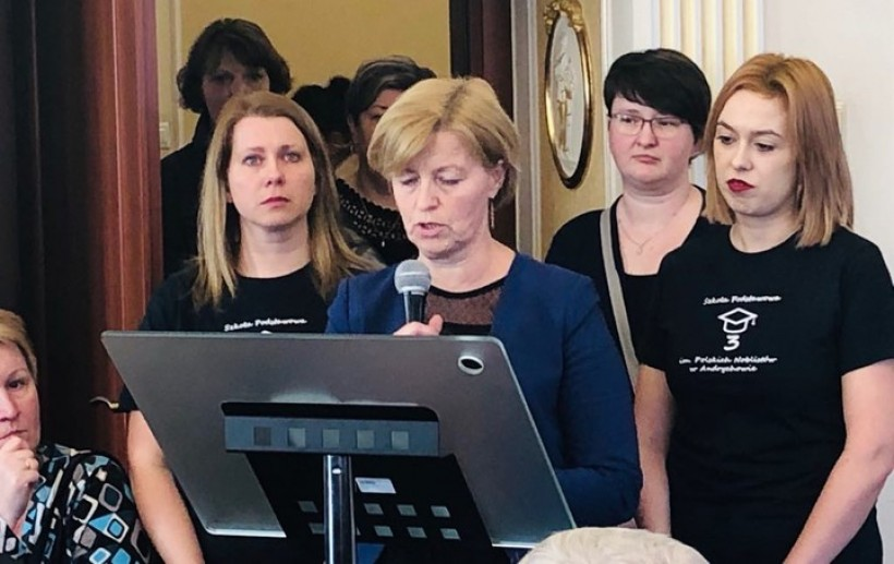 Mamy wygrały z burmistrzem Żakiem? Małopolskie kuratorium nie pozwoli na zamknięcie szkoły w Andrychowie