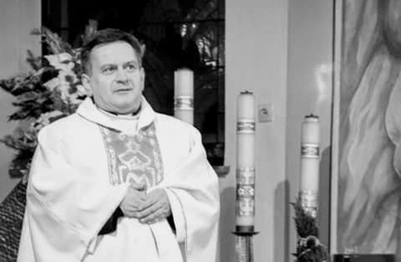 Ksiądz Bogusław Szewczyk w wieku 55 l.
