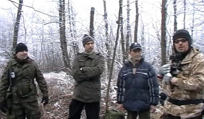 Piotrek, Rafał, Krzysztof, Tomek i pies Fuksik to ekipa wadowickich youtuberów, która postara się przybliżyć Internautom problematykę survivalową.
